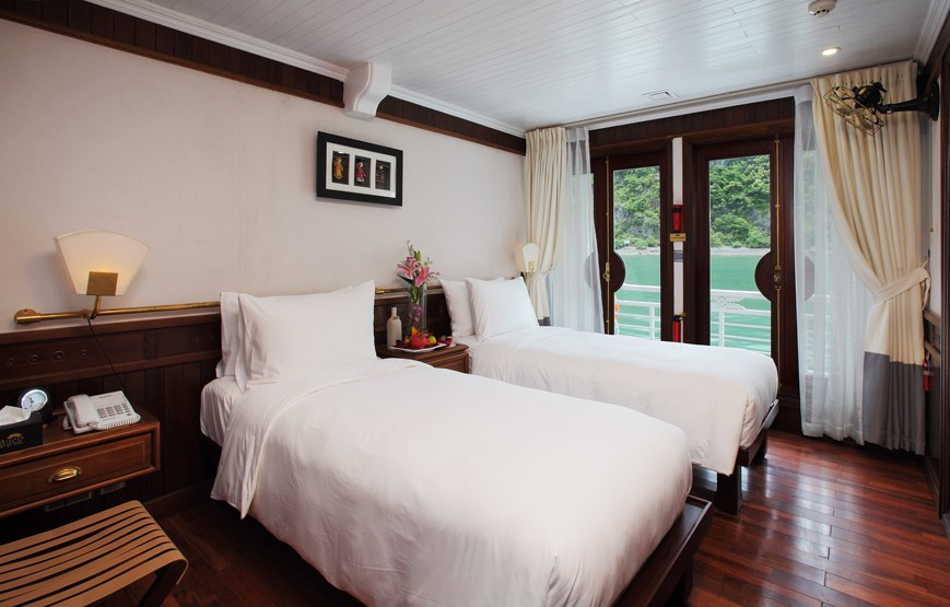halong-bay-luxury-cruise-deluxe-cabin