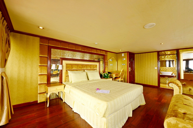 Goden-Cruise-9999-Room-2