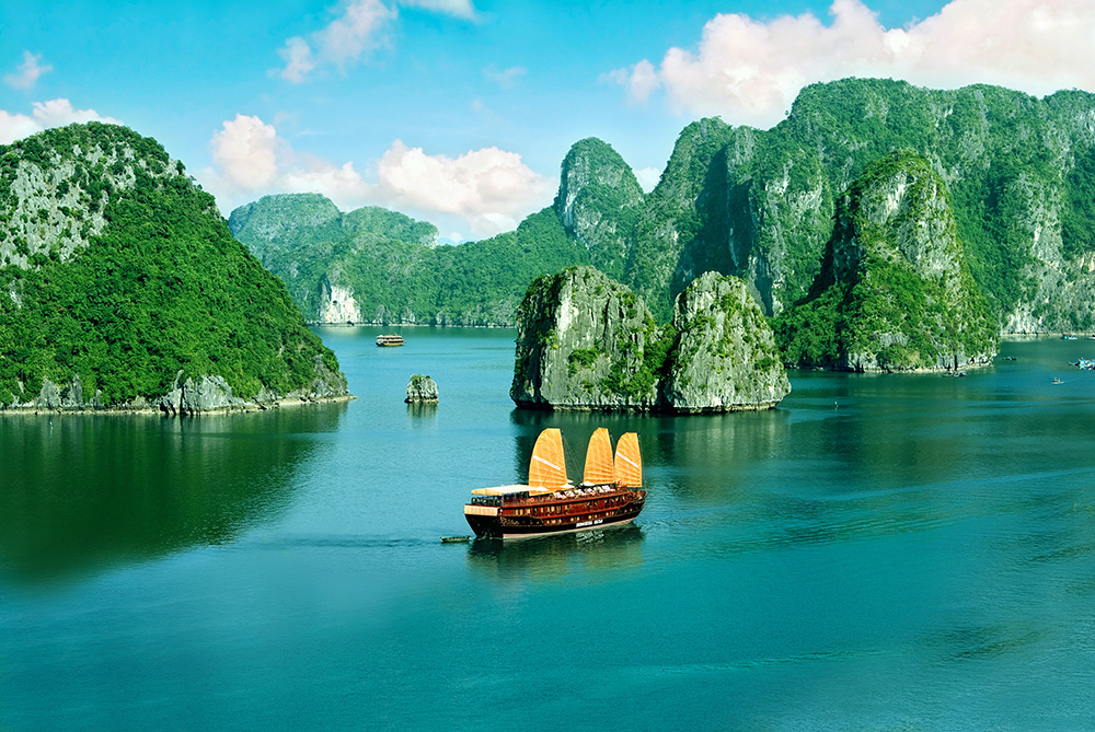 indochina-sails-cruises-6