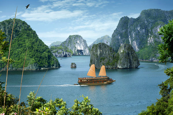 indochina-sails-cruises-7